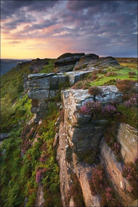 Curbar Edge Sunset - Peak District | Dark Peak