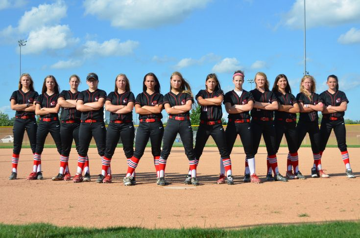 TN Red softball team pictures
