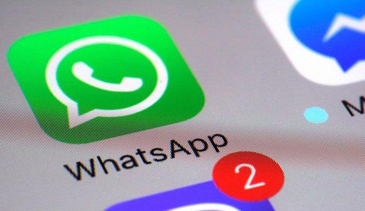 WhatsApp habilita por fin la opción para borrar mensajes enviados     Por fin tras meses de espera WhatsApp ha comenzado a activar la función de borrar mensajes para todos sus usuarios en todas las plataformas disponibles. Esto quiere decir que si te has equivocado o arrepentido de enviar un mensaje a alguien podrás eliminarlo aunque de igual forma quedarás en evidencia.  La función de eliminar mensajes permite borrarlos tanto en conversaciones con un contacto como en grupos. Solo es…