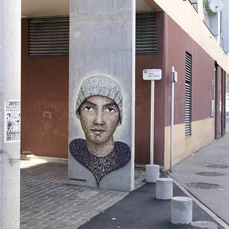 Portrait, avenue Guy Moquet, Vitry-sur-Seine © CRIF (Stéphane Asseline)