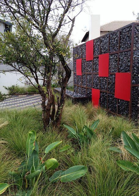Gabion walls by Badec Bros by Badec Bros Deco, via Flickr