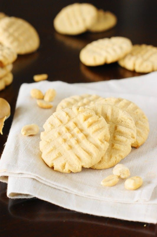 Loaded with peanut butter, soft & chewy, rolled in sugar, and fork-pattern adorned ~ Grandma's old-fashioned Peanut Butter Cookies are the stuff childhood cookie memories are made of.