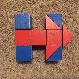 hillary clinton campaign logo | Everyone Is Hatin' on Hillary Clinton's Campaign Logo