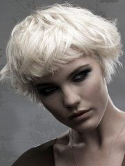 Bangs Hairstyles For Small Foreheads - Do you crave for a stylish bangs hairstyle, however it seems that your forehead is too small for it? Bangs are for everyone, the trick is to find the one that matches your features. Your small forehead can be just as fabulously complemented with a similar hairdo especially if you skim through these styles for some inspiration.