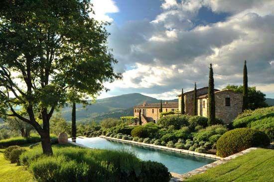 This place is incredible.   #castellodireschio #travelerinitaly #TravelerInUmbria