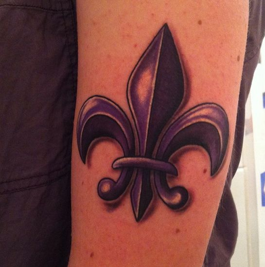 purple fleur de lis inspired by the saints row game series done amazingly by chris at tattoo. Black Bedroom Furniture Sets. Home Design Ideas