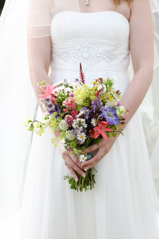 Holly and Laurie's English picnic wedding in Shropshire with country garden flowers and handmade details