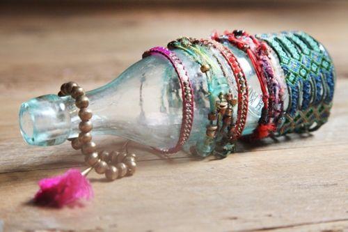 wonderful idea for displaying bracelets: Bracelets Display, Jewelry Display, Vintage Bottle, Gifts Shops Display Ideas, Bracelets Holders, Bohemian Girls, Display Bracelets, Free People, Jewellery Display