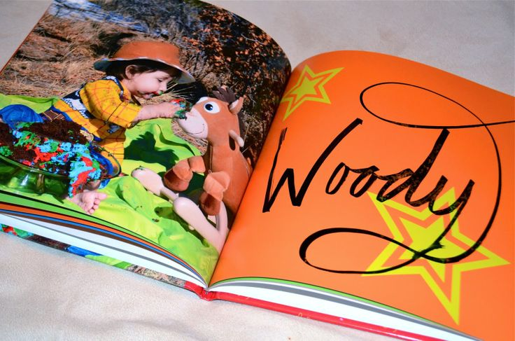 Create a Shutterfly book as a Disney Autograph book!