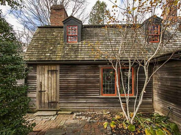 130 best images about colonial homes on pinterest red for Colonial log homes