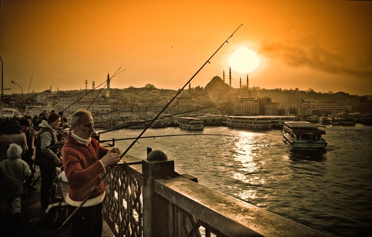 Fishermens in front of the Golden Horn by Yves Lambert