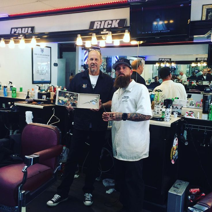 Delivering awesome shears to these masters of barbering !! If your in St Pete…