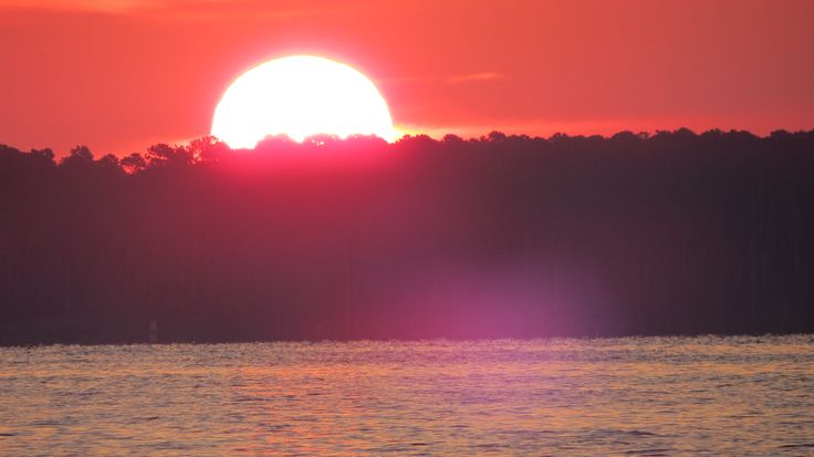 An incredible #sunset captured by one of our members as his wife and he cruised the Pamlico River. #nc