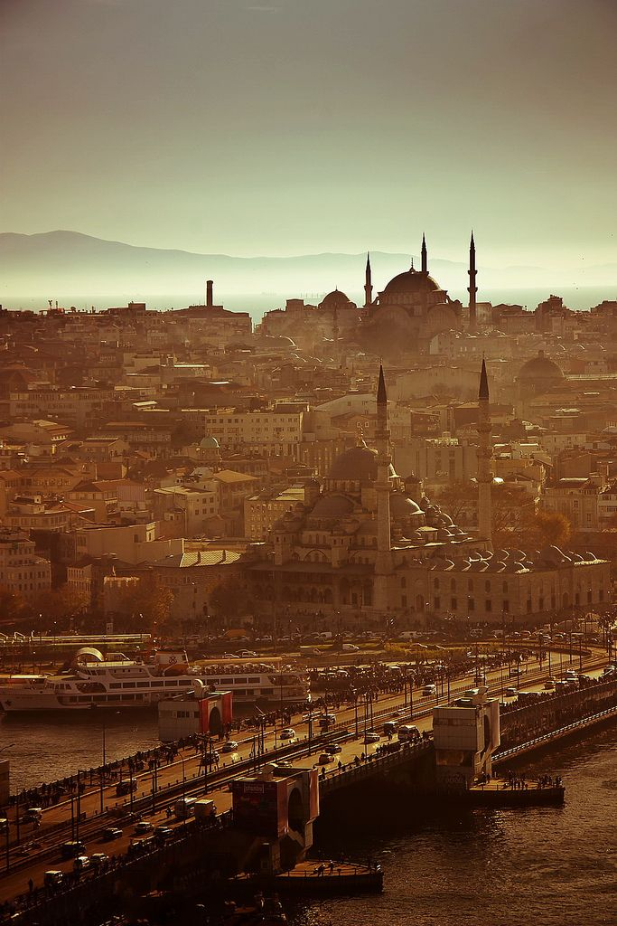 'ISTANBUL' By bass_nroll ( I spent 2 weeks in the city last year, I miss Istanbul. )