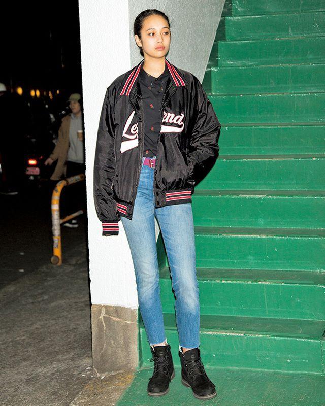 アメリカのバスケットボールガールがテーマitなスポーティスタイルにはビッグシルエットのブルゾンをチョイスして May issue P95 SPRING PAPER DOLL GIRLS model @aria_polkey outertops @forever21 bottoms @levis_japan shoes @timberland_jpn #nylonjapan #nylonjp #fashion #streetstyle #streetsnap #snap #itgirl #2k17 #caelumjp  via NYLON JAPAN MAGAZINE OFFICIAL INSTAGRAM - Celebrity  Fashion  Haute Couture  Advertising  Culture  Beauty  Editorial Photography  Magazine Covers  Supermodels  Runway Models