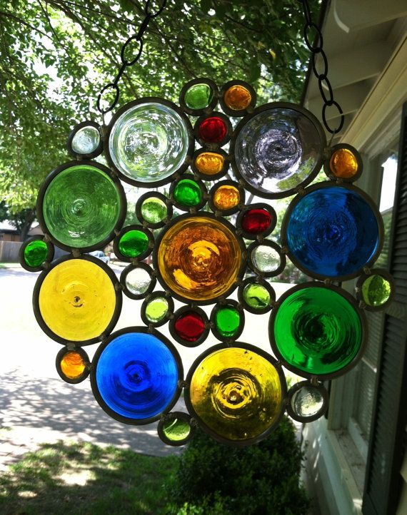 Art Deco Stained Glass Design a Sparkling Window Decoration