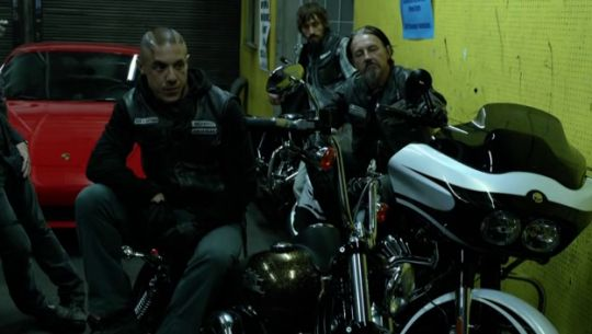 Theo Rossi / Tommy Flanagan & Sons of Anarchy. Samperv prospect.