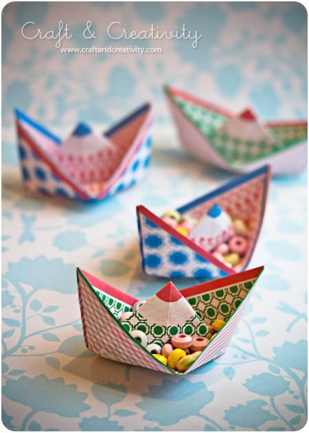 Free download to make Jurianne Matter's paper boats. Schip kern 7