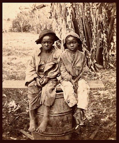 ex slaves In 1924, a farmer named kwadjo agbanyamane and his mother borrowed £20 from a neighbor to buy some land near peki, in the gold coast region of what is now ghana.