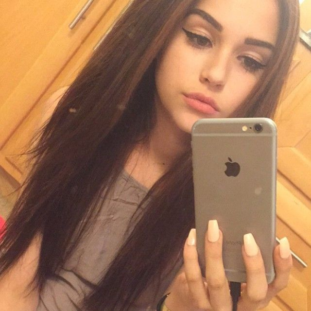 This Mirror Could Look Ugly And Old Fashioned But In This: Best 188 Maggie Lindemann Ideas On Pinterest
