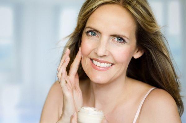 Grundlegende Tipps zur Hautpflege, die jeder verwe…