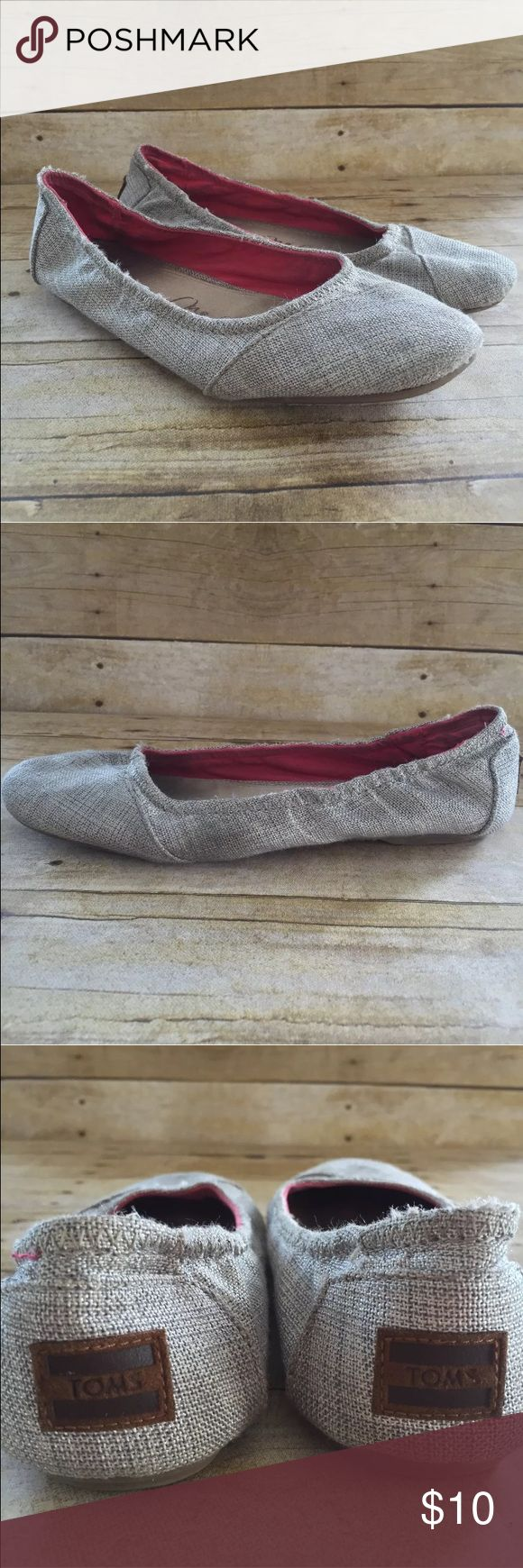 "Toms One For One Silver Tweed Ballet Flats Shoes Toms One For One  Silver Fabric Tweed Ballet Flats Shoes  Youth Size 5 Approximately 8.75"" heel to toe Width 3"" Nice preowned condition. These have been worn and loves. Shows war to the footbed and soles. Toms Shoes Sneakers"