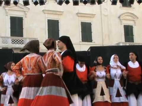 Il Gruppo Folk pro loco di Fonni alla Cavalcata Sarda 2009 Sassari