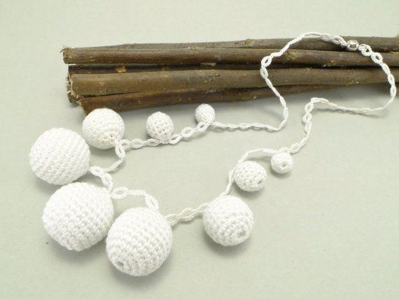 White Tatting Necklace with White Crochet Beads, White Necklace, Tatting Necklace, White Crochet Beads, Bridal / Katarzyna Bodera Sandycraft