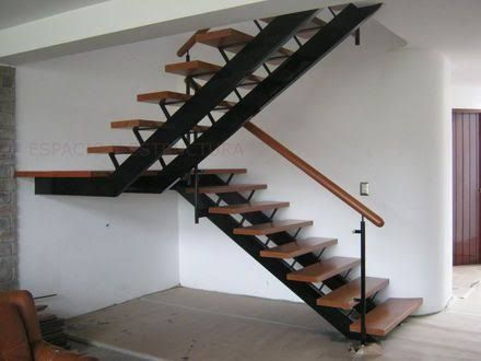 Risultati immagini per escaleras metalicas para interiores