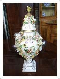 157 best capodimonte porcelain images on pinterest for Vasi capodimonte