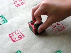 DIY Lego wrapping paper