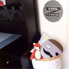 Cool wall sticker in boys room