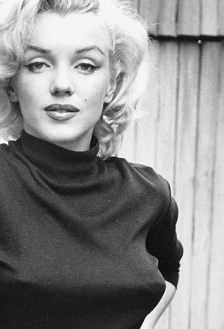 Marilyn Monroe photographed by Alfred Eisenstaedt, 1953
