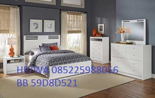 Kamar Set Minimalis Warna Putih Jepara di proses menggunakan kayu mahoni dan di beri warna putih sehingga ytampak lebih bersih dan eleghan