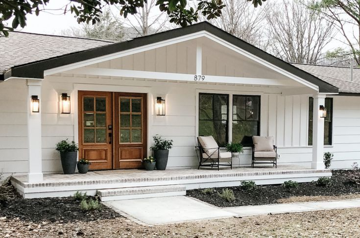 Simple And Beautiful Front Porch Decor Beneath My Heart In 2020 Ranch House Exterior Home Exterior Makeover House Front Porch