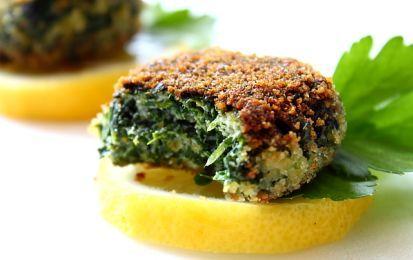 Polpette di tofu e spinaci, ricetta vegana - Le polpette di tofu e spinaci sono una ricetta vegana gustosa e ricca di proprietà benefiche. Gli spinaci sono un vero toccasana per il nostro organismo.