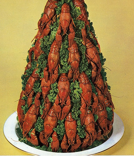 Crayfish Xmas Tree. I used to love crawdads, but this looks like a nightmare.