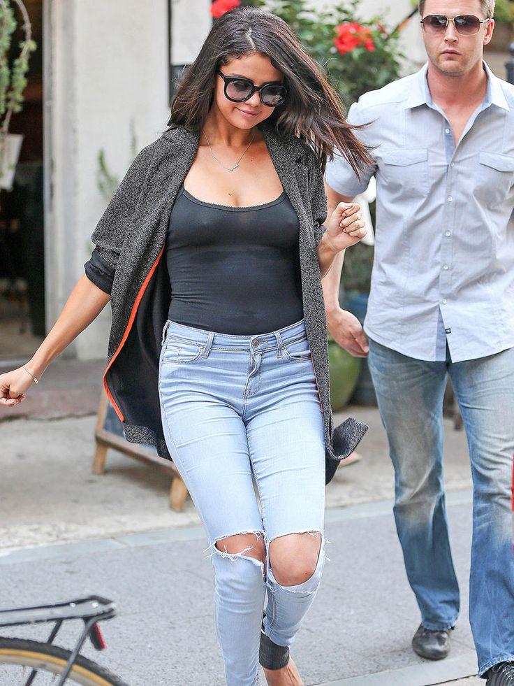 Selena Gomez Braless Nipple Pokes and Pushed Up Boobtastic ...