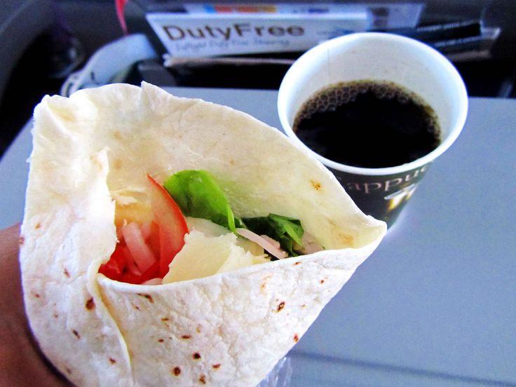 Muy recomendable la aerolínea #TAME para el vuelo desde #Guayaquil a #Galápagos Más en www.placeok.com