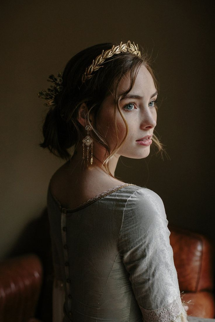 Rose Gold Bridal Crown from Erica Elizabeth Designs