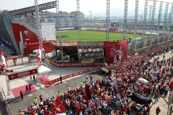 L'inaugurazione del nuovo stadio Filadelfia