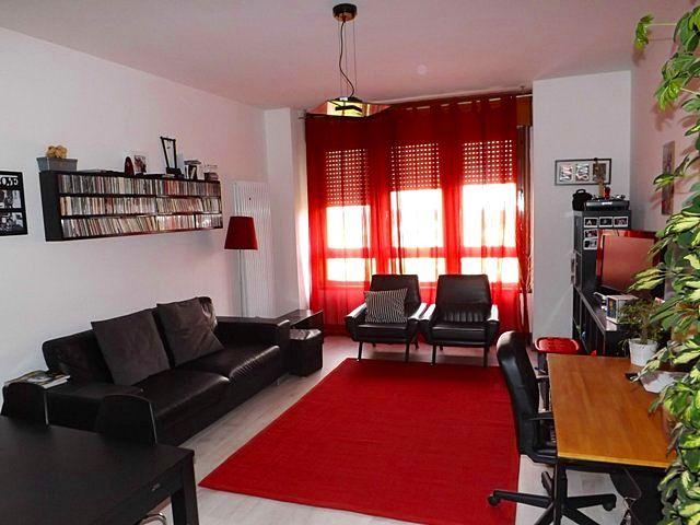 Il soggiorno luminoso del nostro #appartamento in centro a #Padova. Per info: info@pianetacasapadova.it, o 049/8766222.