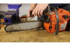 How to Adjust the Carburetor on Stihl Chainsaws | eHow