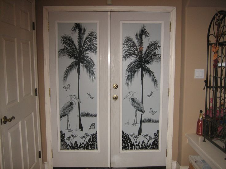 Heron Hideaway Etched Glass See Through Scene For 2 Doors