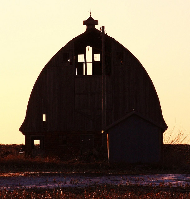 Abandoned barn,  look @ the CROSS!  If these walls could talk...
