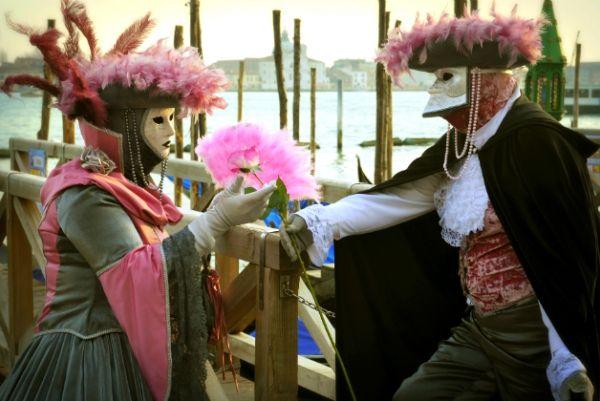 Groupon Travel - Wenecja: Wyjazd Walnetynkowy lub Karnawałowy