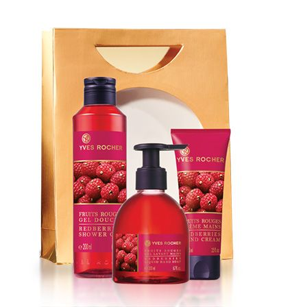 A Redberries Pampering Trio she will definetely enjoy! #beauty #yvesrocher #giftidea #holiday