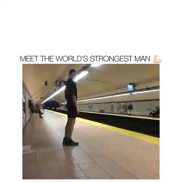 How does he do that  tag someone who thinks hes strong Follow Follow >@thecomedyvids< for more  Follow: DBZ: @vegeta.team  C2: @funnyvideos  #callofduty #cod #ww2 #codww2 #gta5 #grandtheftauto #battlefield #destiny #gta #xbox #xboxone #playstation #ps4 #online #videogames #gaming #gamer #video #games #funnymemes #tagafriend #gamingmemes #epic #funny #lmao #meme #wtf #fail