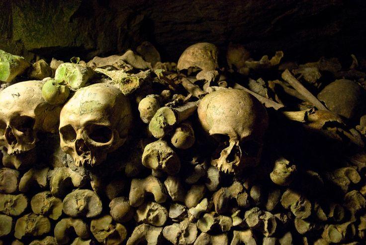 Katakomben von Paris | Spannender Besuch im Reich der Toten
