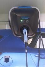 Siemens VersiCharge™ EV charging station.